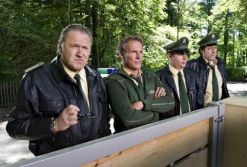 Hubert & Staller Staffel 2 günstig kaufen | DVD Film Preisvergleich